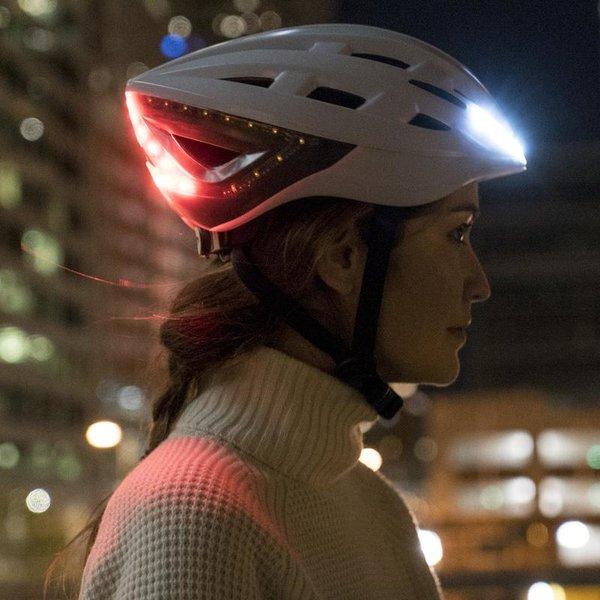 Smart cykelhjälm med Mips